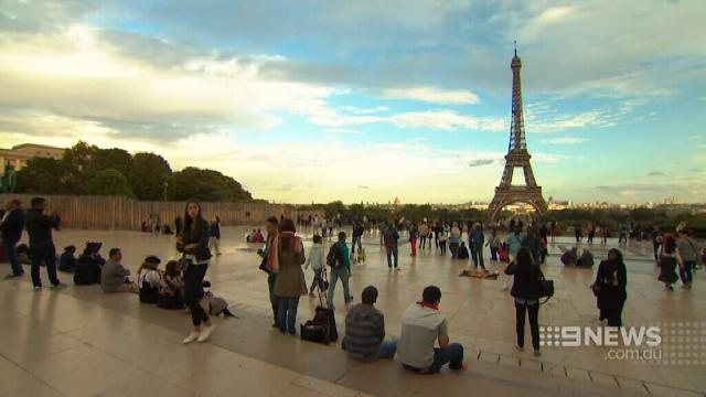 VIDEO: Paris builds camps to house huge influx of refugees