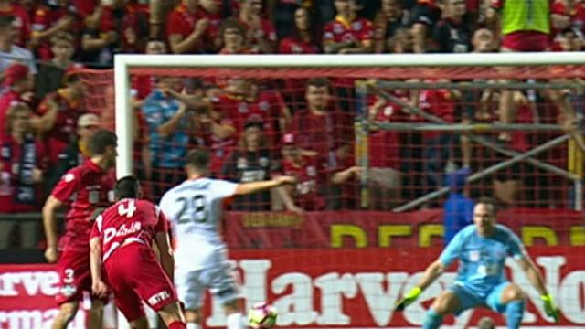 Desperate Adelaide rescue point against Roar