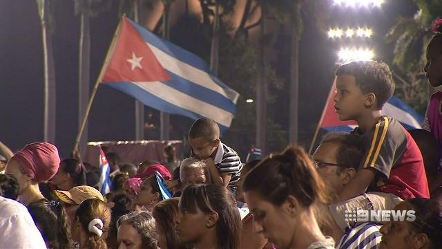 Fidel Castro's ashes arrive in Santiago