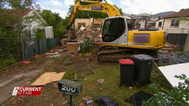 Demolition Wrong House : Sydney demolition workers raze wrong house news