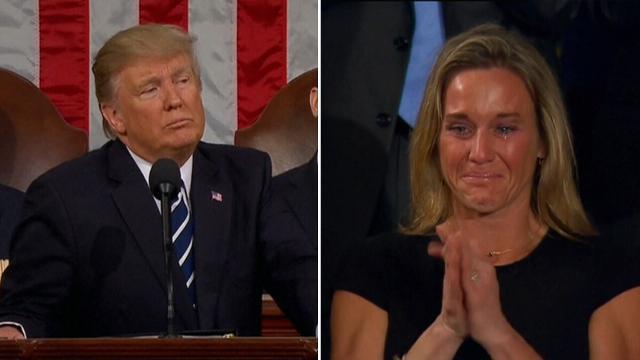 9RAW: US Navy SEAL widow breaks down during Trump speech