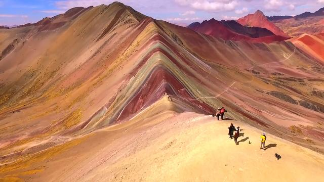 Amazing drone footage of Rainbow Mountain in Peru