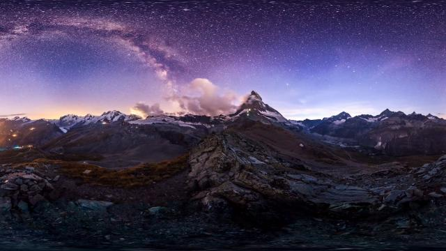 Amazing time-lapse footage shows night sky over Swiss Alps