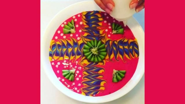 Mum's smoothie bowl artworks make latte art look like child's play