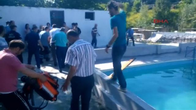 Five fatally electrocuted at Turkish waterpark