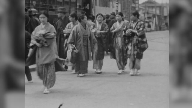 Restored film shows life in Hiroshima before atomic bomb attack
