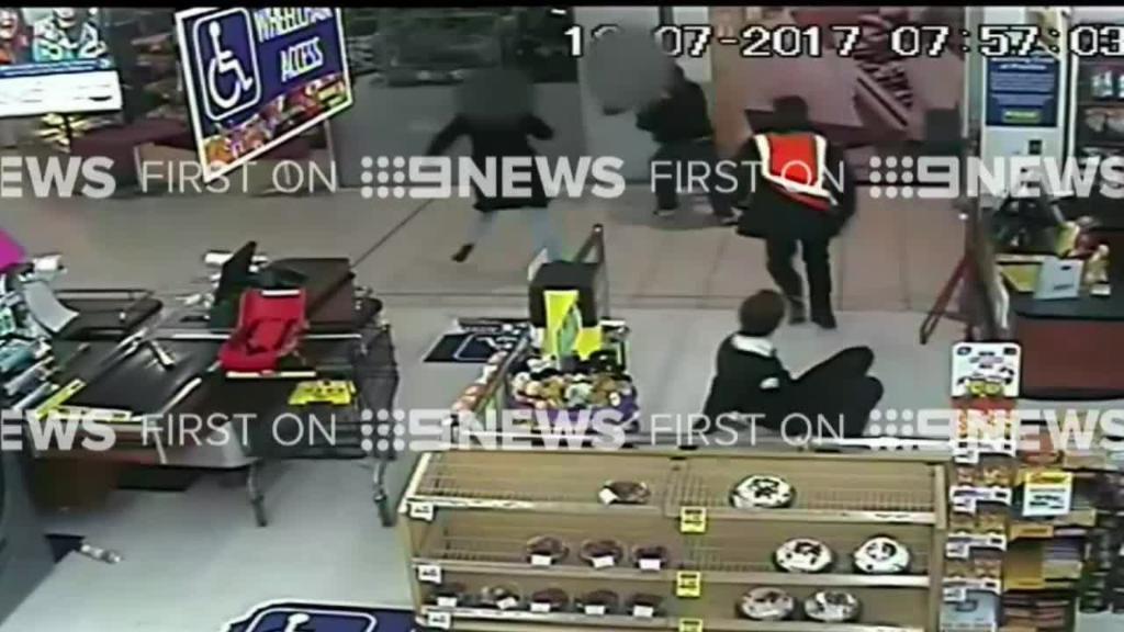 Teen bag snatcher tackled by witnesses at supermarket
