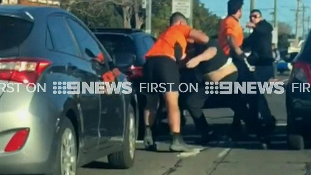 9RAW: Wild road rage brawl erupts on busy Sydney road