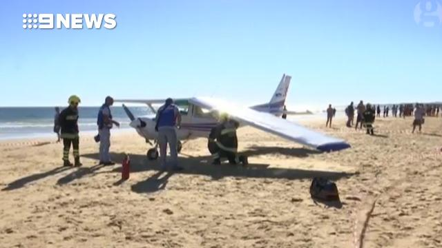 9RAW: Two sunbathers killed after plane lands in Portugal