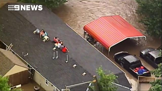 Major flash flood flooding in KC
