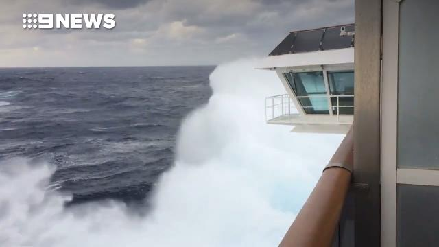 Freak waves spark chaos aboard Carnival Spirit cruise ship