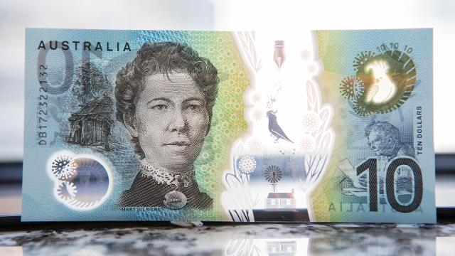 Nine.com.au road tests the new $10 note