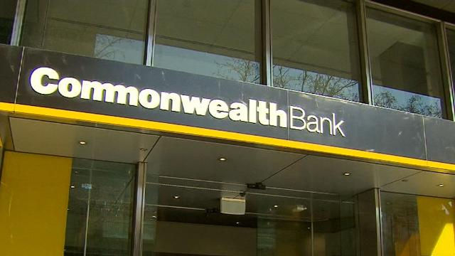Commonwealth Bank scraps ATM fees