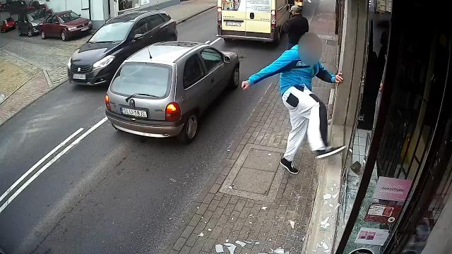 Polish vandal hit with swift justice fleeing crime